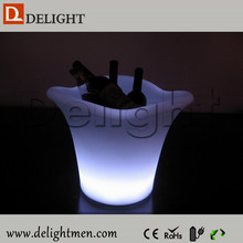 Hot sale battery operate glowing remote control solar power led plastic wine bottle carrier for night club
