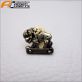 Cheap factory custom antique bronze metal badge metal pin badges