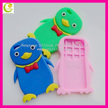 Lovely and hot selling 3D shaped silicon penguin phone cover case for iphone 5