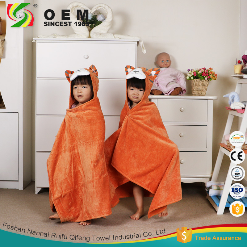 OEM wholesale custom animal kids hooded cotton bathrobe