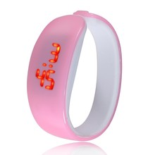 Ladies fashion bracelet led digital watch silicone rubber Dolphin children watches