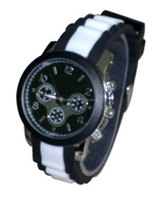 Quartz stainless steel back cheap sports design silicone wrist watches