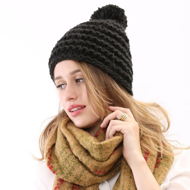 New Fashion 2015 Classic warm pattern with real fur pompoms Rabbit Skullies And Beanies Knitted Winter Hat Women