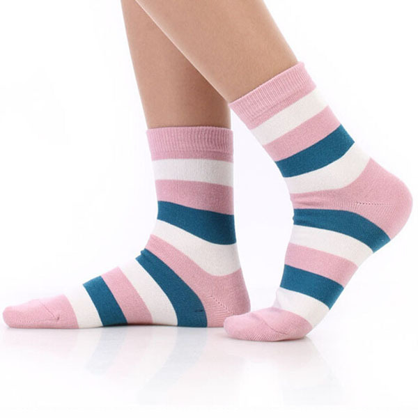 hot selling wholesale factory direct cheap OEM women's cotton socks