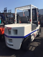 Used Forklift 5t With Middle Cylider ,Triple Stage Mast White Color TCM