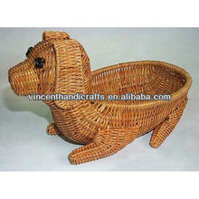 china wholesale factory rattan Dog shape Animal basket