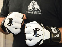 High quality PU leather MMA punching gloves/boxing gloves/Fighting Gloves