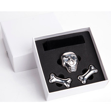 Large Stainless Steel Skull Bone Shaped Whiskey Stones, Chilling Reusable Ice Cube Steel for Beverages Drinks and Wine