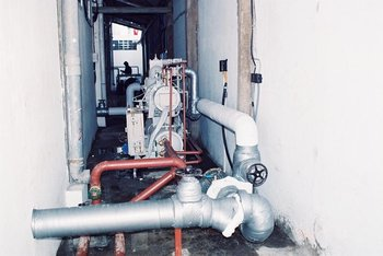2-stage refrigeration system with screw compressor