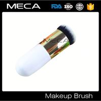 top quality and professional makeup tool on brush Easy To Carry Blush brush professional blush brush