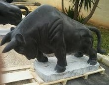 Black marble hand carved animal Bull Statue