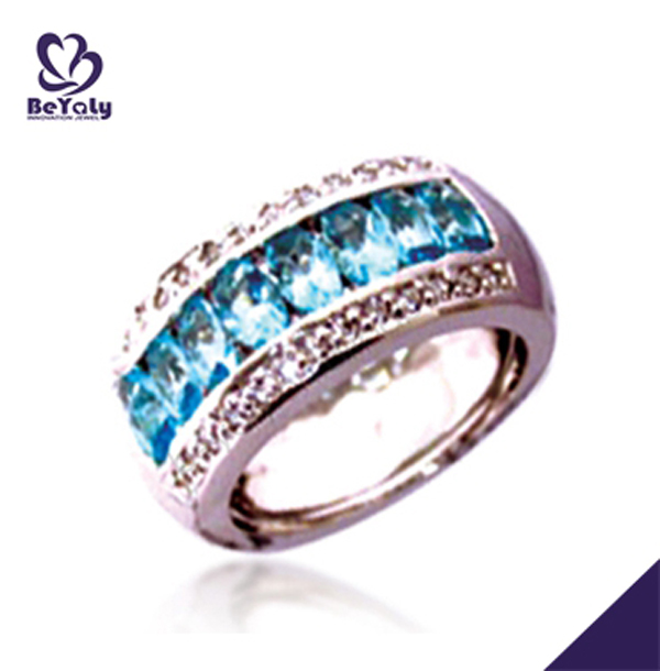Luxurious silver simple design blue sapphire men's ring