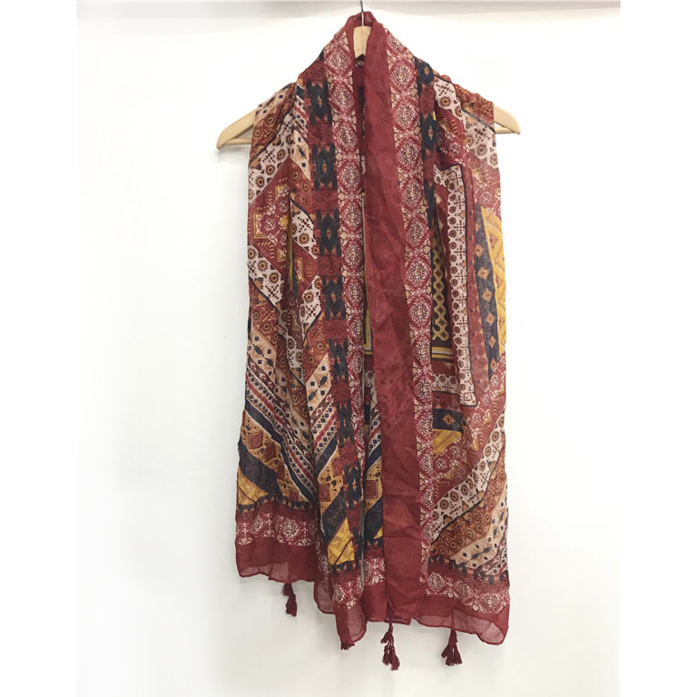 High quality printed polyester scarf muslim woman