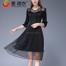 Black Round neck hot trendy modern girls dresses with bead decoration