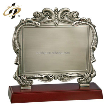 2017 promotion cut emboss flower antique custom blank metal plaque