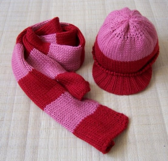 Various design Jacquard fashion winter knitted scarf hat glove sets