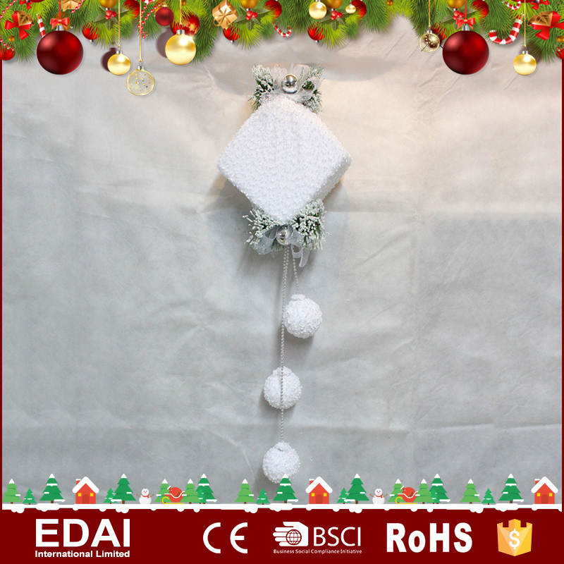 Unique design fabric white Christmas ornament giftbox with 3 small balls handmade hanging crafts gifts