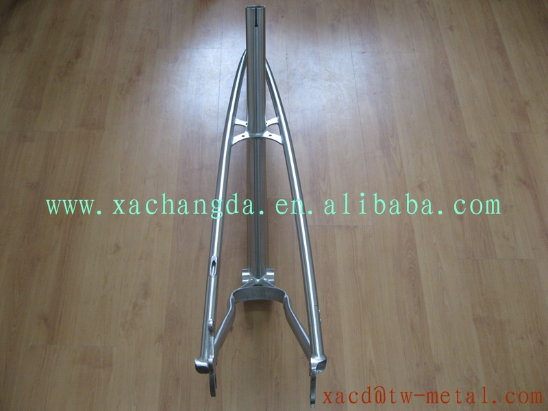 Titanium fat bike frame with big BB shell Customized titanium newsboy bike frame OEM Ti snow/beach bike frame
