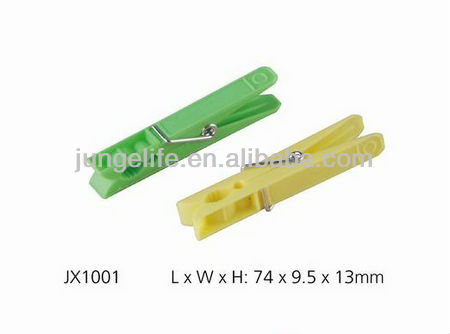 plastic colored clothes pegs