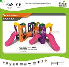 Updated high quality plastic toys/platic house for kids play
