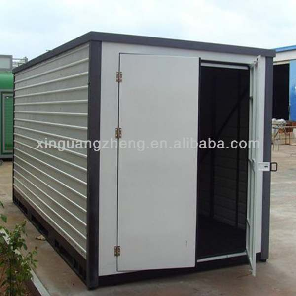 Light weight portable storage containers