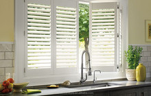Aisen Furniture Customized kitchen cabinet use high quality wooden Plantation Shutters