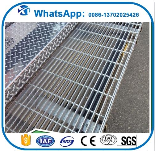 raw material galvanized steel grating weight, kick plate steel floor grating, 30x30 hot dipped galvanized steel bar
