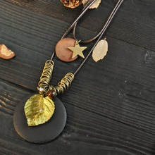 female high quality double layer wax leather rope chain necklace gold tone leaf and wooden disk pendant for women necklace