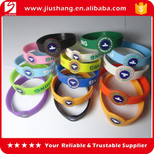 Personalized cheap silicone bracelets for wholesale