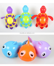 plastic wind up swimming top toys