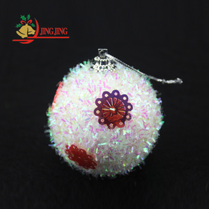 2018 Hot Sale High Quality Christmas Tree Ornament Decorated with Flower Sequins Fluffy Xmas Foam Snow Ball