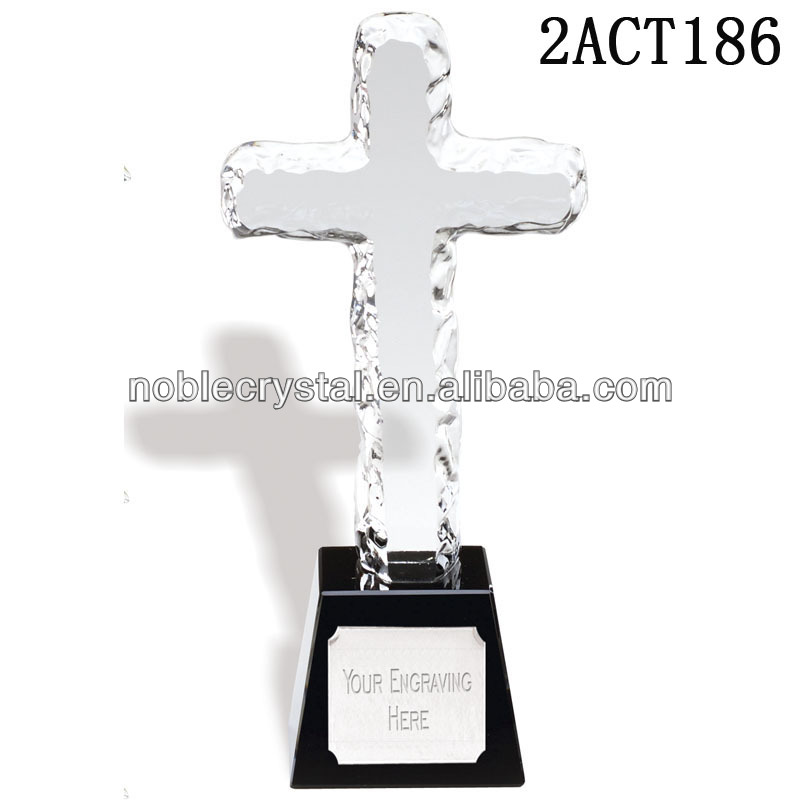 Excellent design custom engraving Crystal christian cross awards