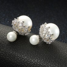 wholesale Elegant and fashionable Double sided with Pearl earrings