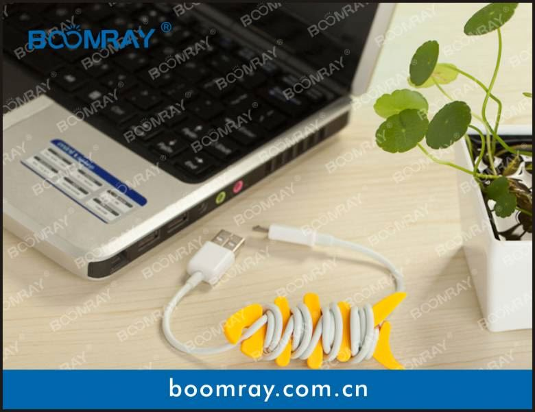 useful and cute cable headset connector polycarbonate phone case