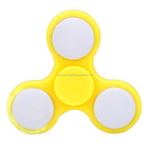 LED light flashing spinner new design LED tri spinner fidget toy 608 bearing hand spinner