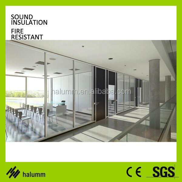 verglaste b rotrennwand rahmenlose glas b rotrennwand glastrennwand transparentem glas teiler. Black Bedroom Furniture Sets. Home Design Ideas