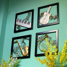 Estilo europeo <span class=keywords><strong>de</strong></span> <span class=keywords><strong>hierro</strong></span> forjado tapices decorativos <span class=keywords><strong>de</strong></span> pared decoraciones instrumento musical artesanía