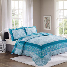Beautiful Chinese moire printed patchwork quilt bed sheet