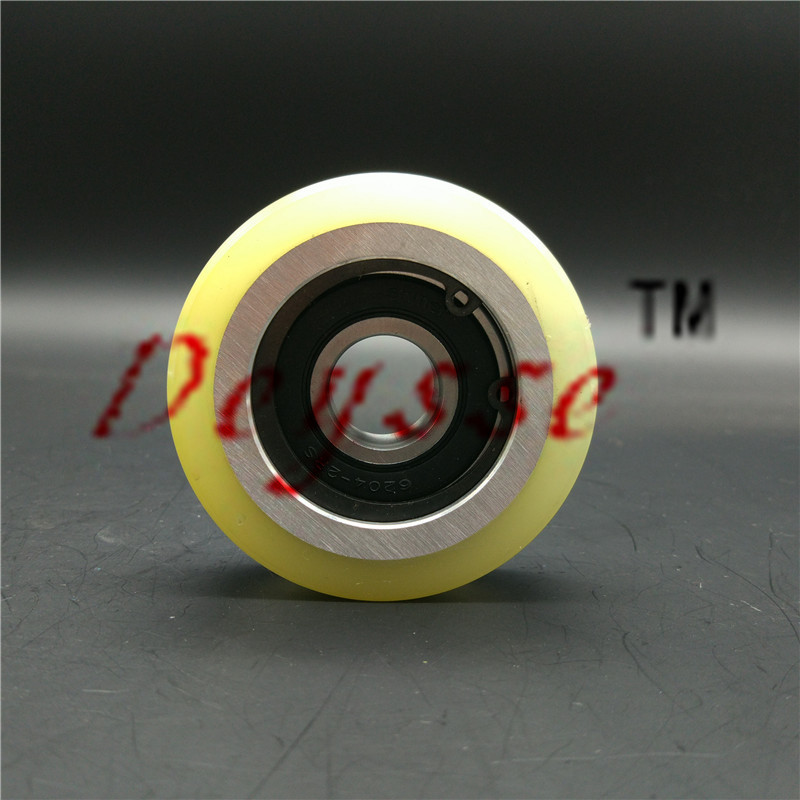 75*24mm 6204Bearing Rubber surface Polyurethane with Vulcanized ThyssenKrupp Escalator Step Roller