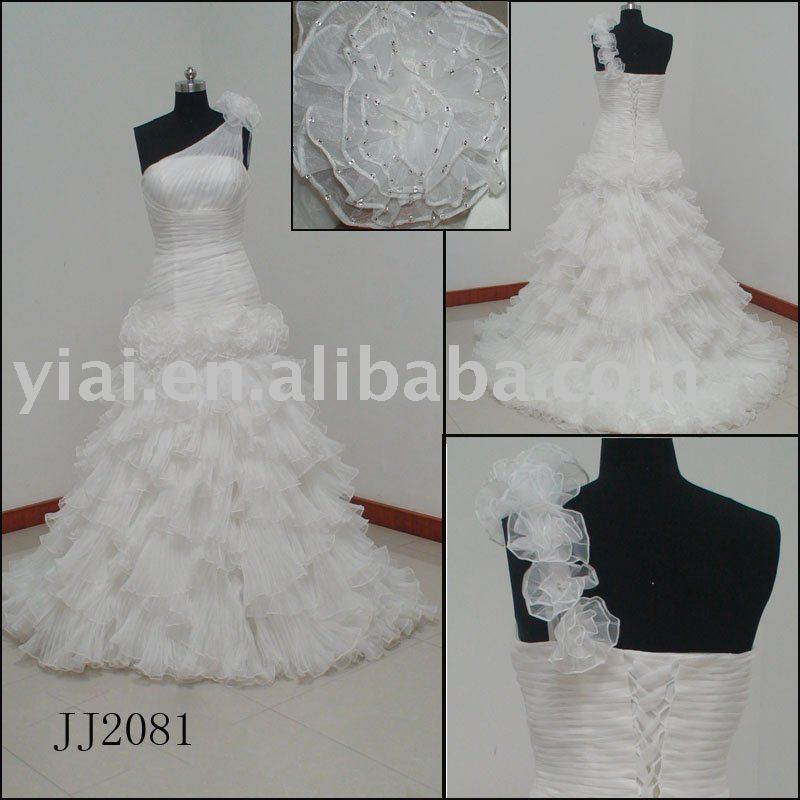 2010 Latest Most Stunning new arrival bridal dress