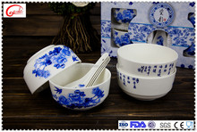 Colorful cheap ceramic soup bowls with spoon