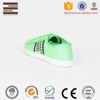 Fashionable Design Women Rubber Flat Shoes