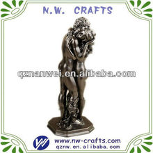 Custom kissing lover naked figurine