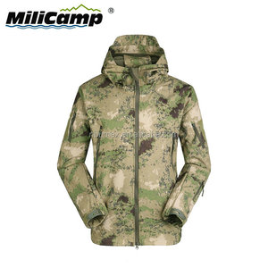 Hunting waterproof windproof camouflage sharkskin softshell jacket men