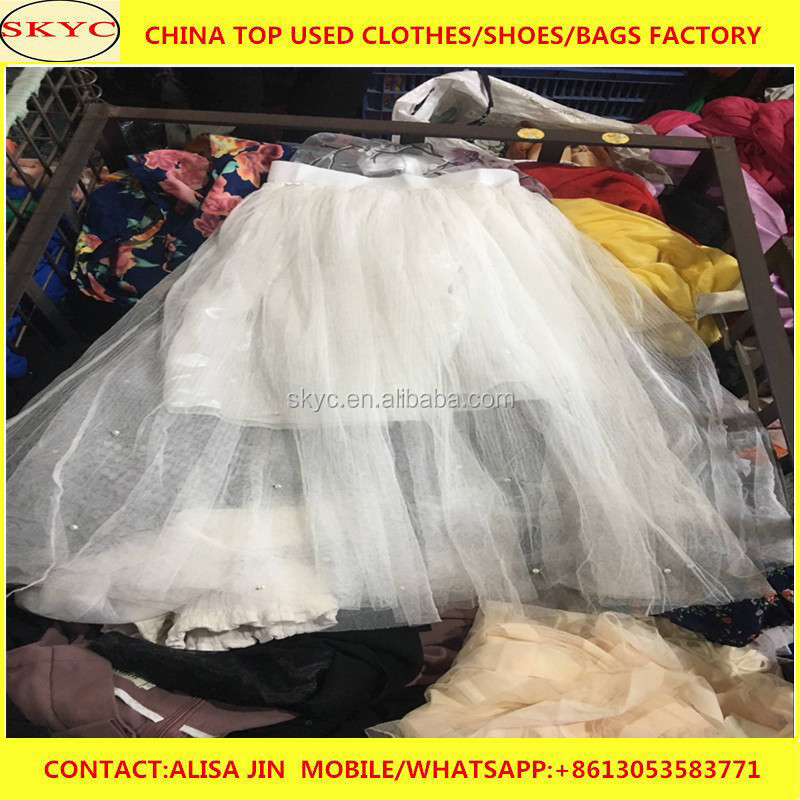 China factory used clothes Cameroon buyers import 2018 fashion styles mixed second hand clothes in bales 90kg for West Africa