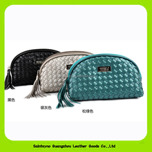 15022 Wholesale Newly Luxury Cosmetic Bags Woven Knitted Leather Tassels Zipper Lady Toiletry Purse