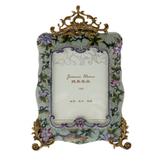 2016Most Popular Antique Luxury Bronze & Hand Painting Porcelain picture Frames metal material photo frame for wedding