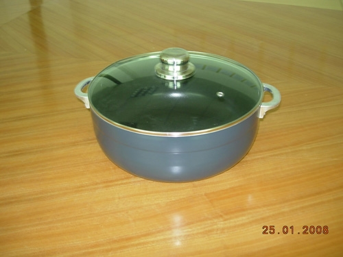 heavy gauge aluminum non-stick cookware