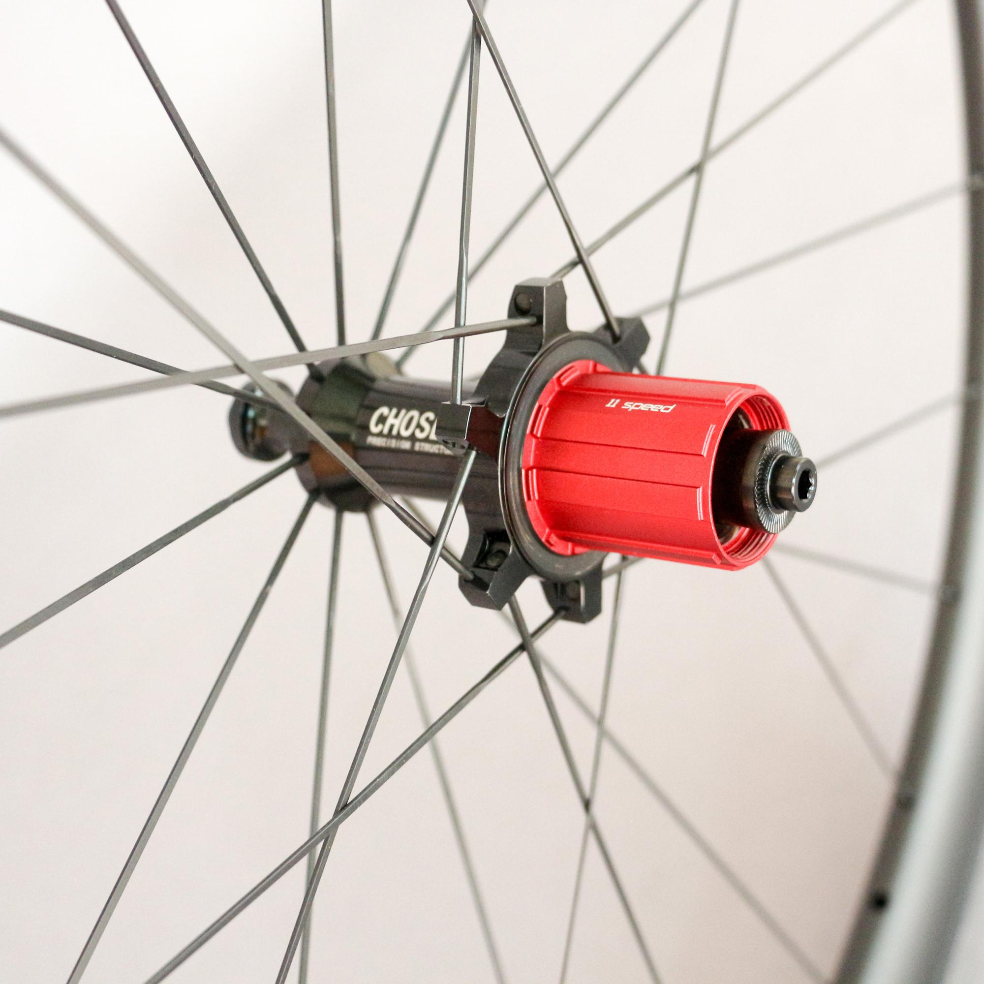 China Carbon Clincher/Tubular 50mm Wheelset For Road Bike With Chosen Hub And Novatc Hub