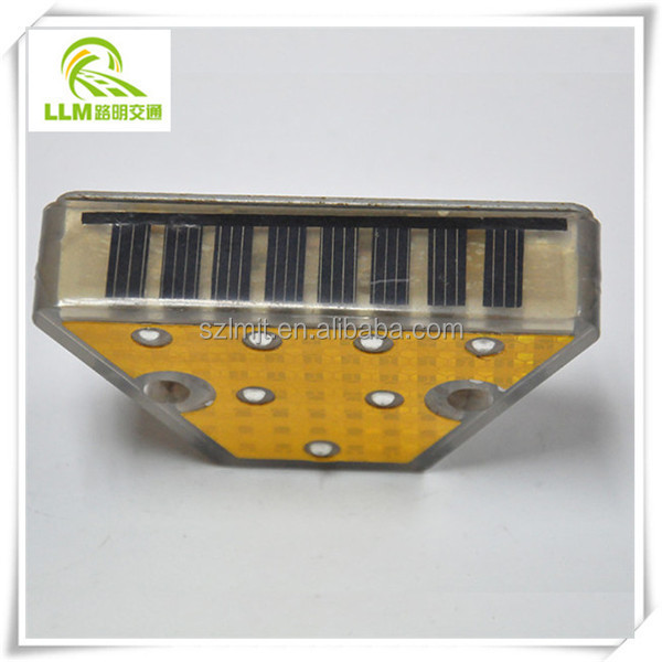 Original design solar road delineator post guardrail for traffic safety